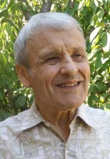 Dr. Helmut Kloos